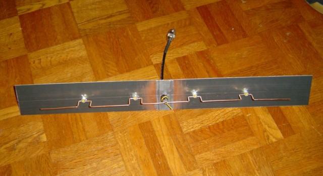 http://www.brest-wireless.net/albums/AntenneAmos/amos06.sized.jpg